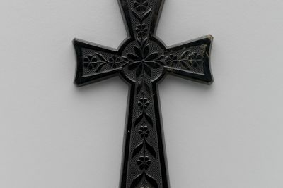 1238 Cross pendant, horn, Fisher & Sons, Sheffield, England, 1883