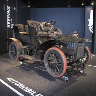 B644 Automobile, full size, Cadillac Model F car, engine No. 8303, made by Cadillac Automobile Co, Detroit, Michigan, United States of America, 1905, used by Sir Robert Lucas Lucas-Tooth, Sydney and Kameruka Estate, Candelo, New South Wales, Australia, 1905-1915