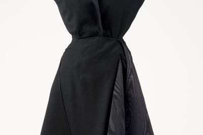 2010/3/1 Cocktail dress and under bodice, 'Moulin à Vent', womens, wool / silk, designed by Christian Dior, made by the House of Dior, Paris, France, 1949